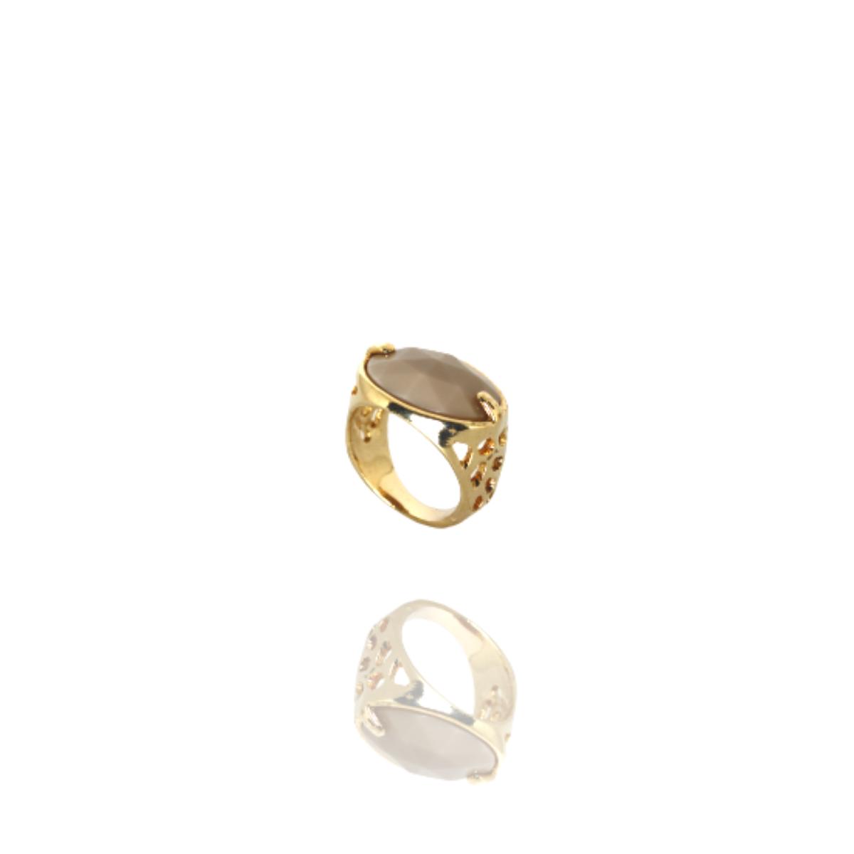 Anel Barbara Strauss Semi Joia Tânger Em Resina Lalique Bege, Rev. Em Ouro Amarelo 18K