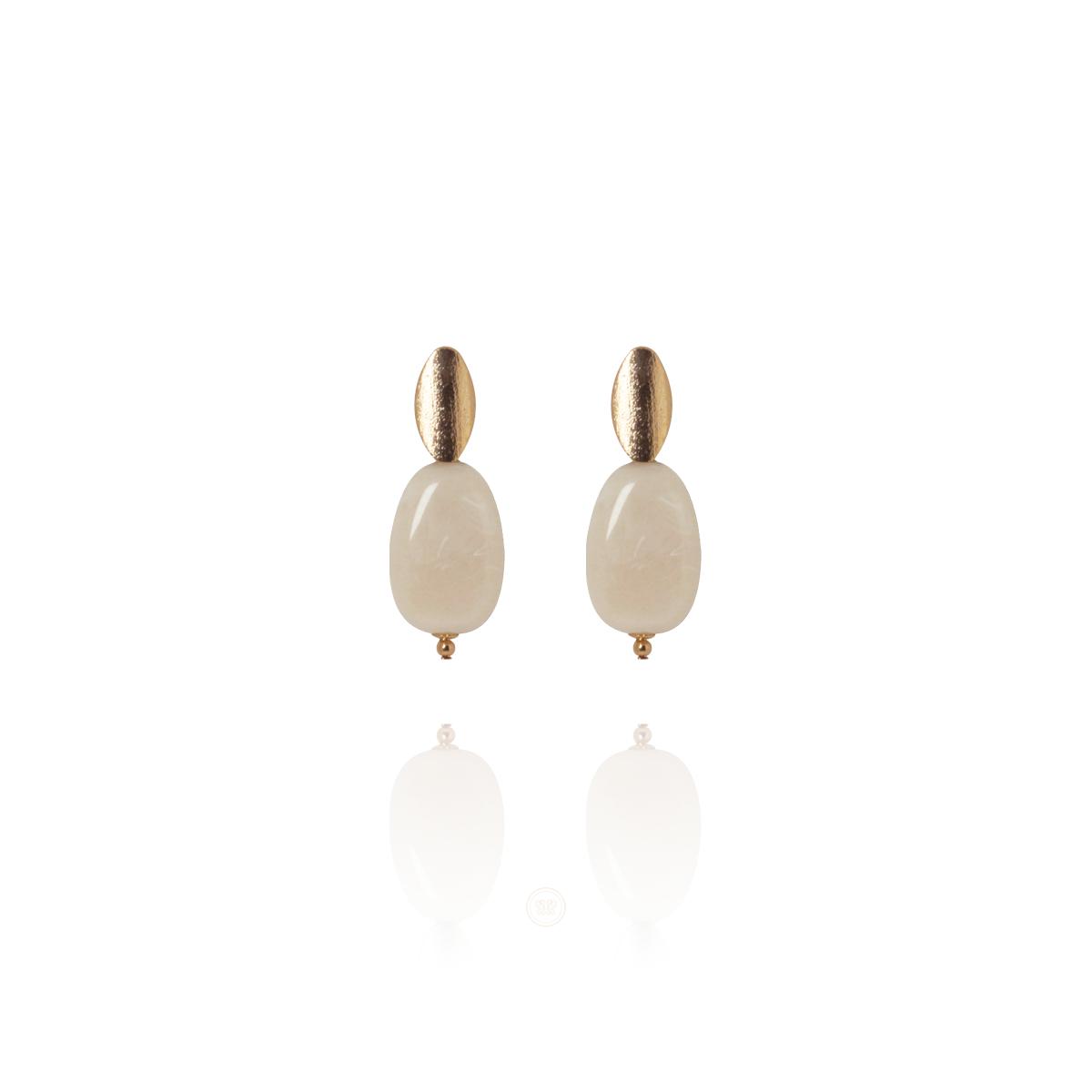 Brinco Barbara Strauss Semi Joia Edfu Em Resina Lalique Marfin, Rev. Em Ouro Amarelo 18K