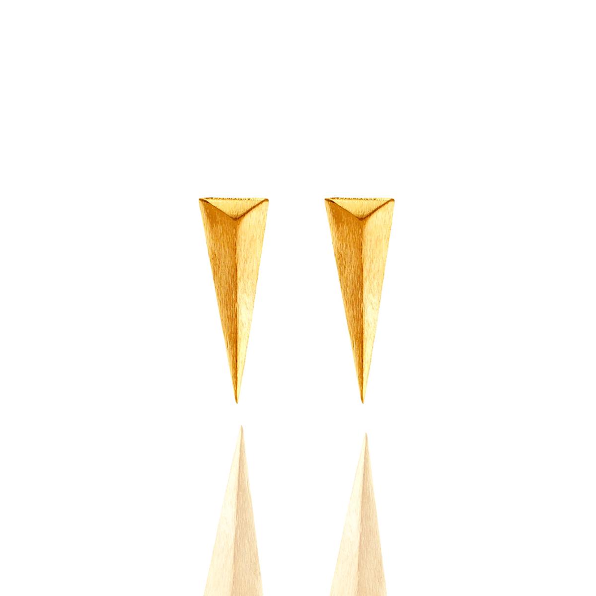Brinco Barbara Strauss Semi Joia Egípcio Em Metal, Revestido Em Ouro 18K