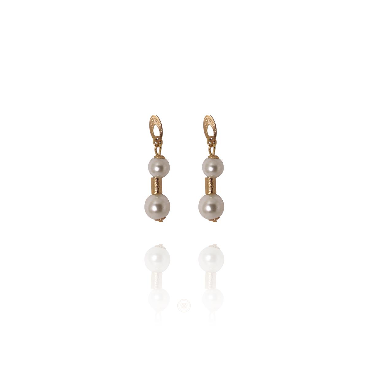 Brinco Barbara Strauss Semi Joia Oss Em Pérola Lalique, Rev. Em Ouro 18K