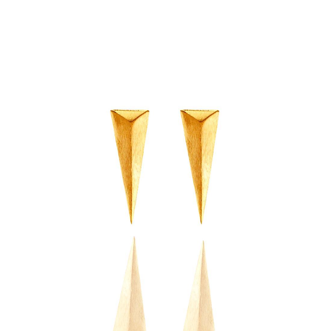 Brinco Dourado Egípcio Metal Banhado a Ouro Barbara Strauss