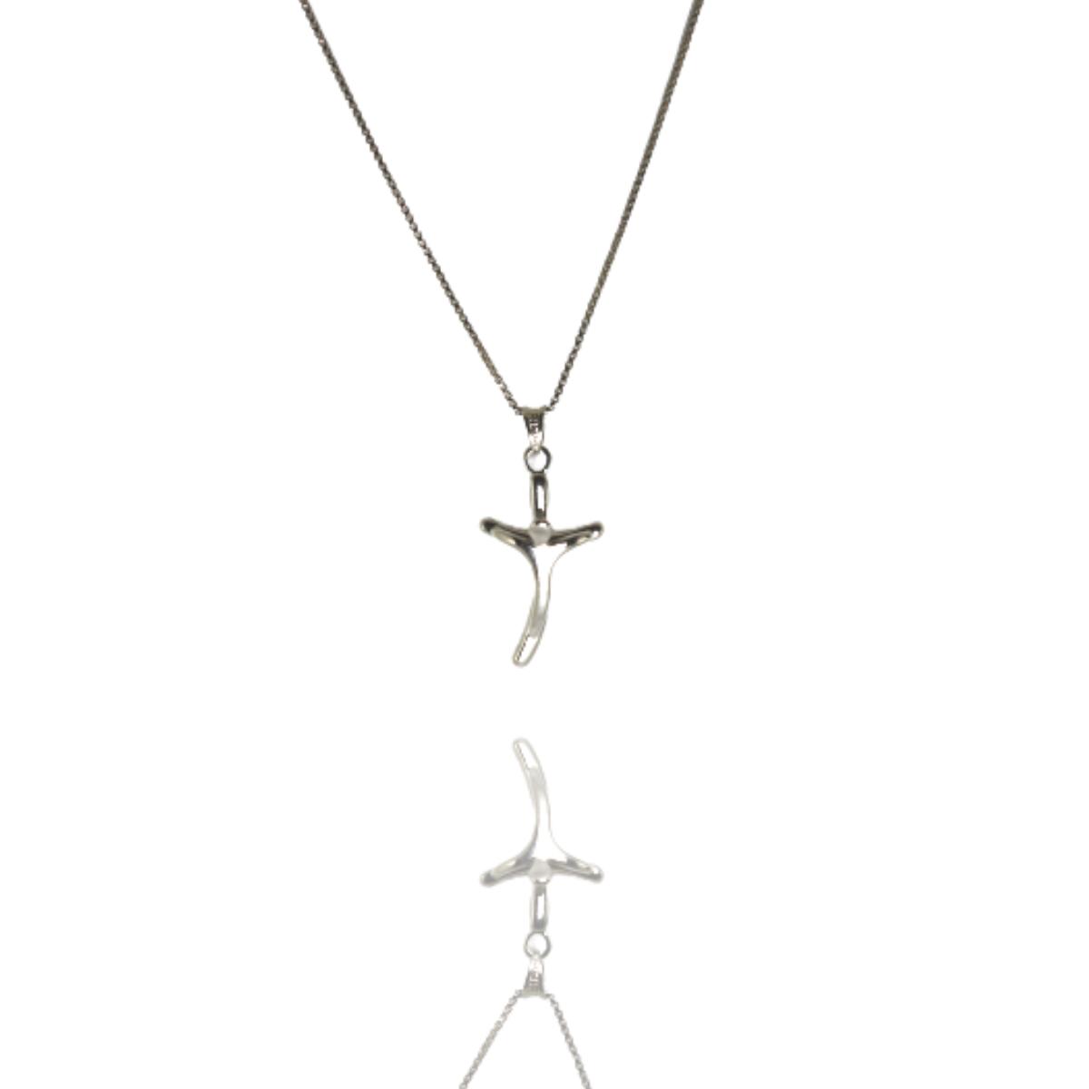 Colar Barbara Strauss Semi Joia Crucifixo Em Metal, Revestido Em Ouro Branco 18K