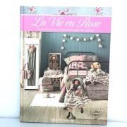 Livro La Vie en Rose - Capa Dura - Português - Millyta Vergara