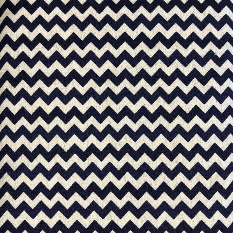 Tecido de Linho Belga Chevron - Fundo Bege - Preço de 50 cm X 1,40 cm