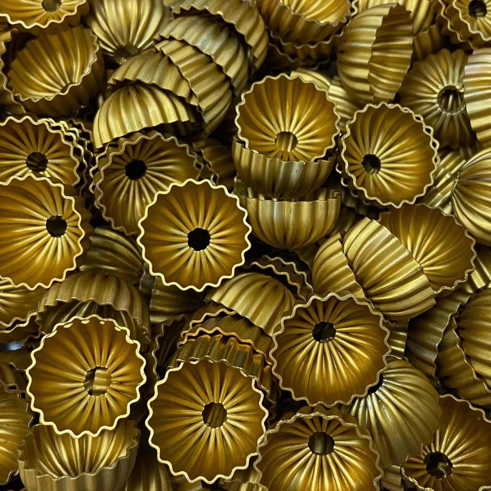 Tulipa Natalina Relevada Dourada 20mm - 20un