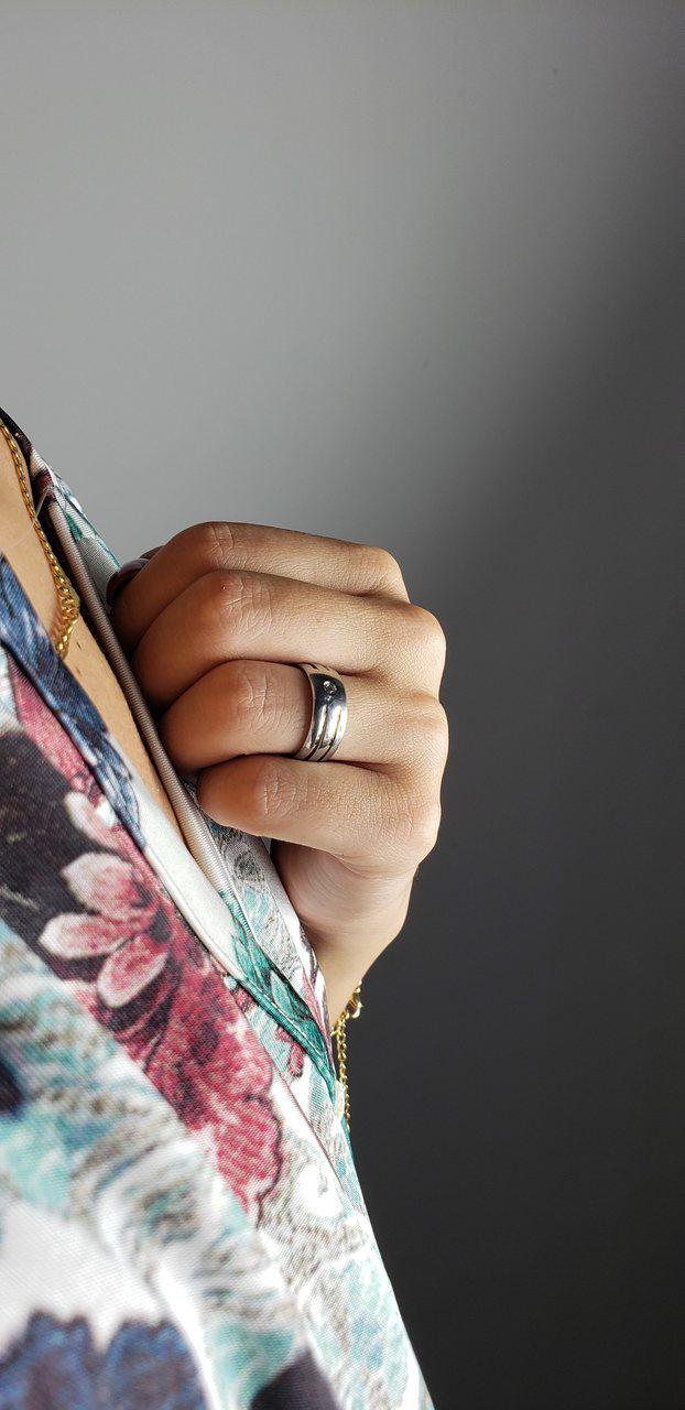 Aliança de Namoro de Aço Abaulada  8 mm com 2 filetes Interrompidos de Ouro