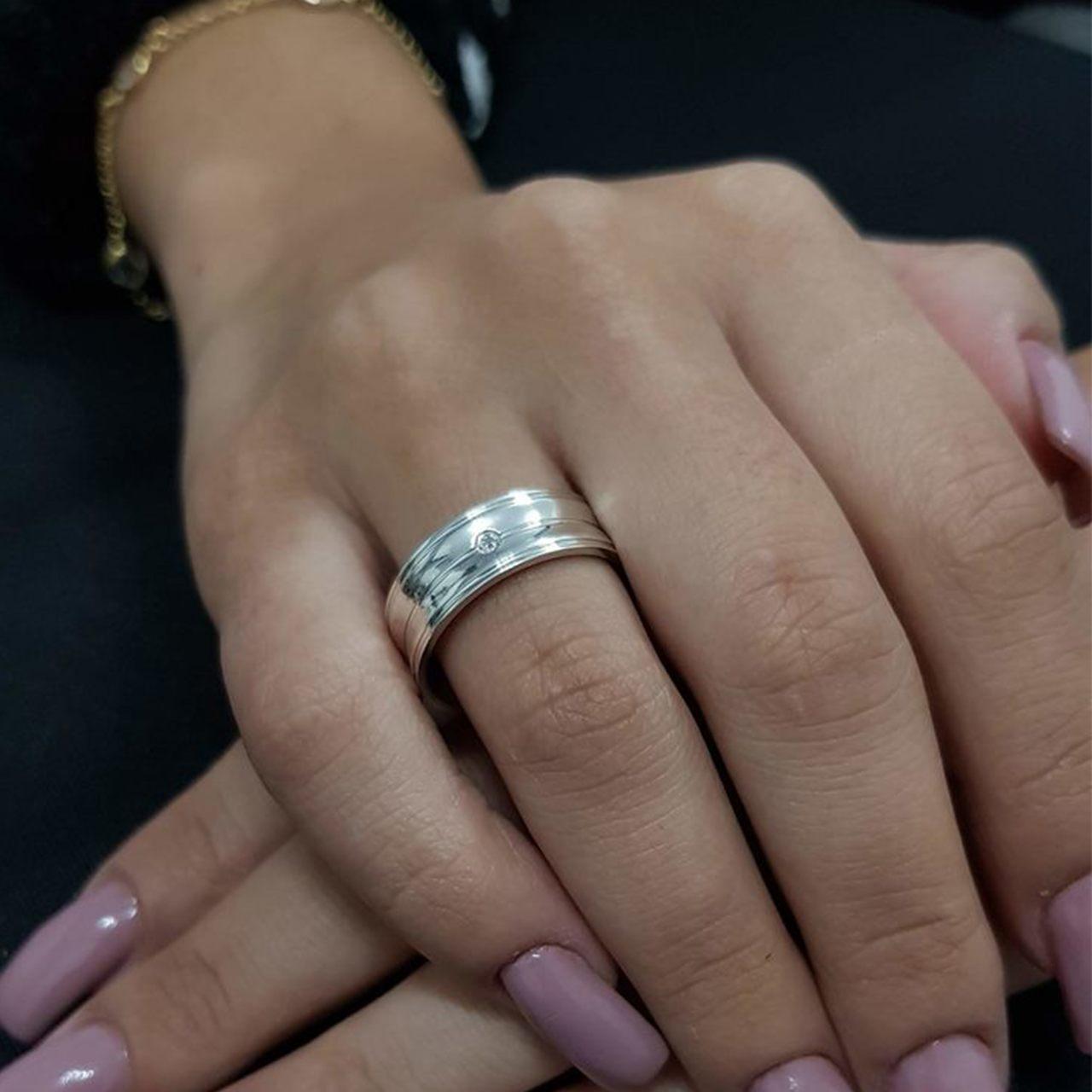 Aliança de Namoro de Prata de lei 6mm Côncava