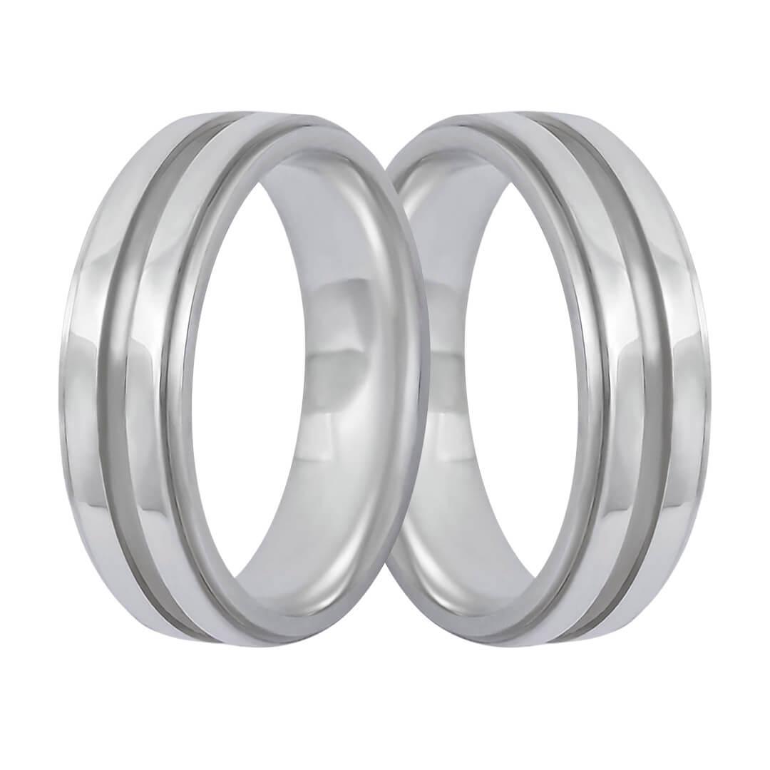 Aliança de Namoro de  Prata 6mm reta  friso central cravejado