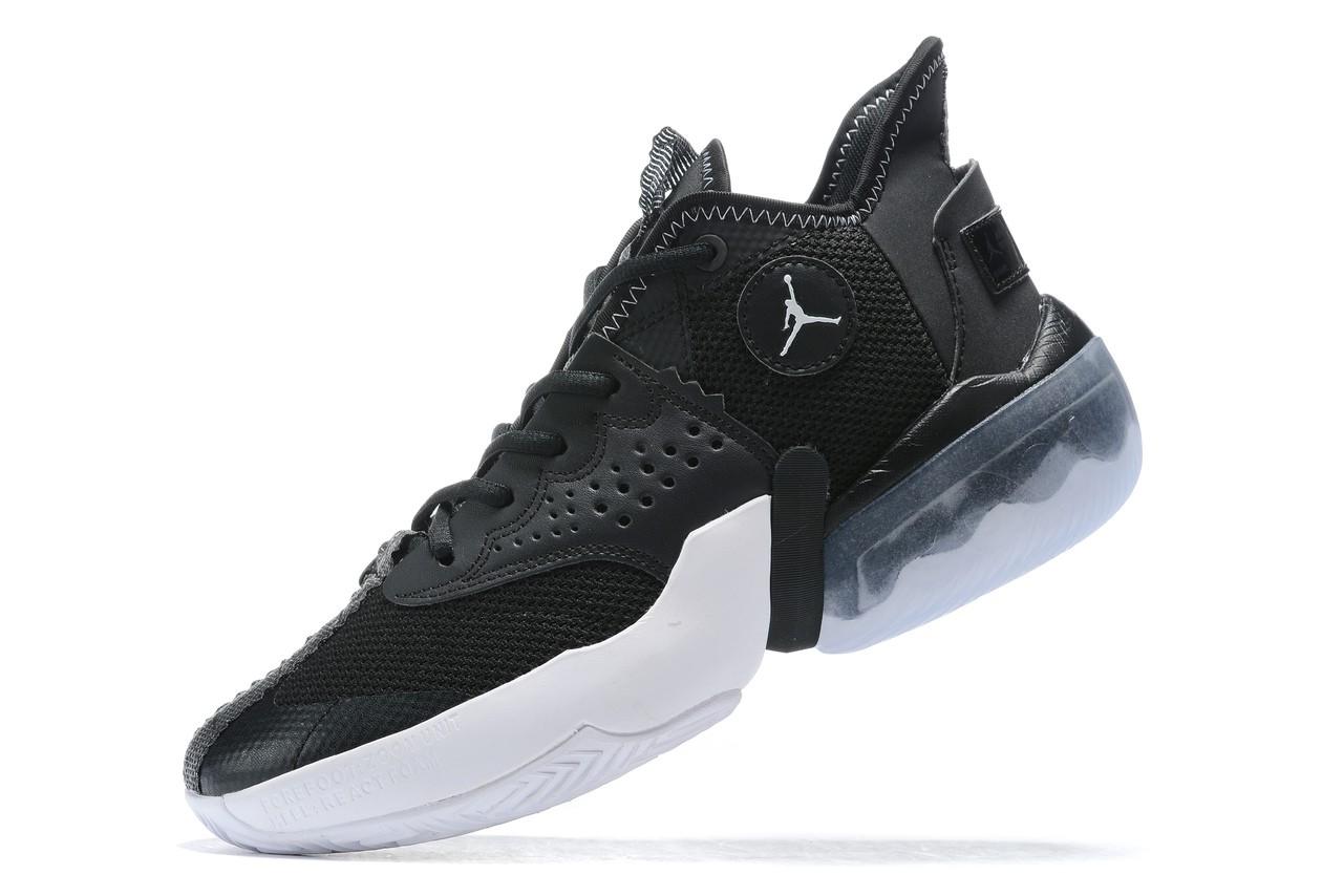 Tênis Nike Jordan React Elevation