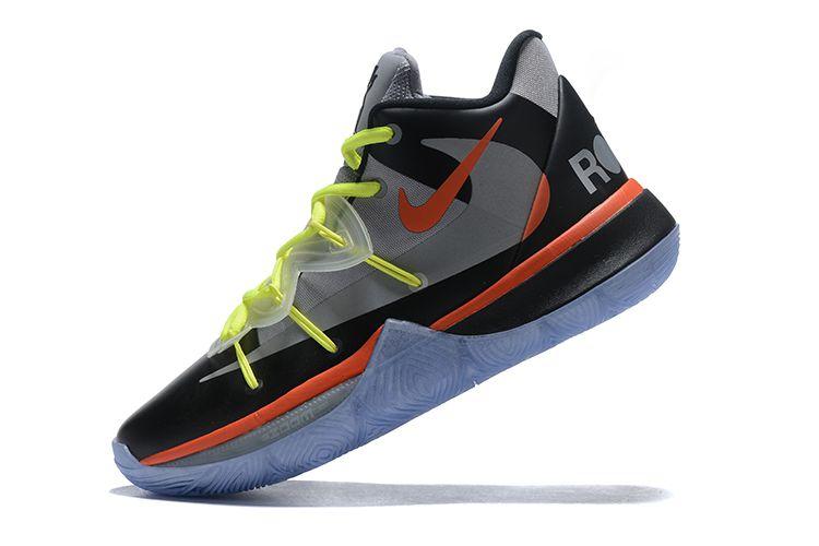 Tênis Nike Kyrie 5 x ROKIT