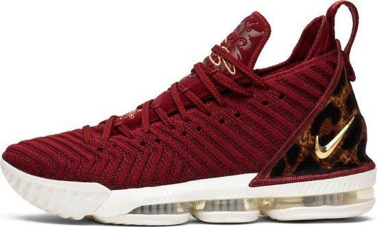 Tênis Nike Lebron 16