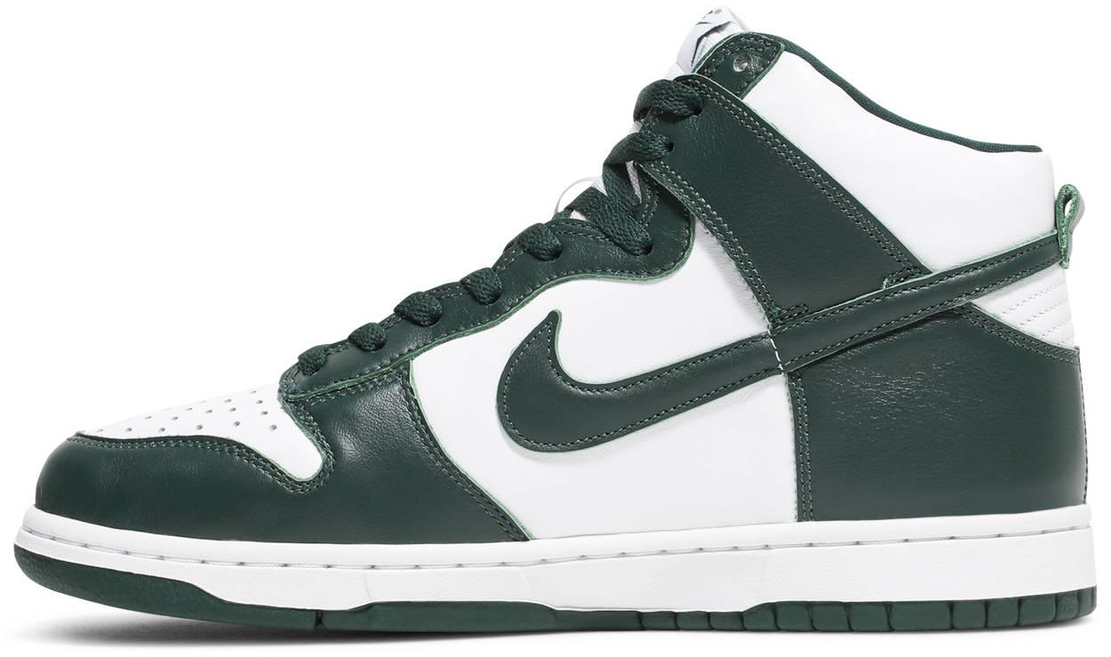Tênis Nike Dunk High SP