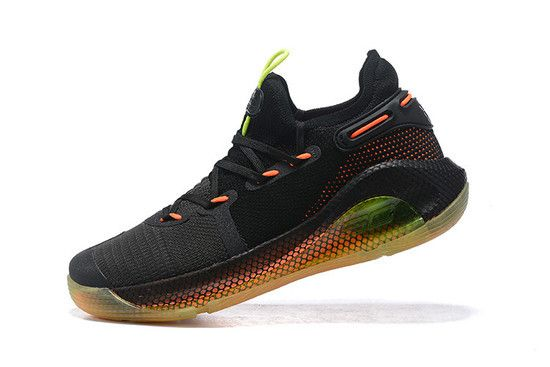 Tênis Under Armour Curry 6 Fox Theater Masculino - Preto/Laranja