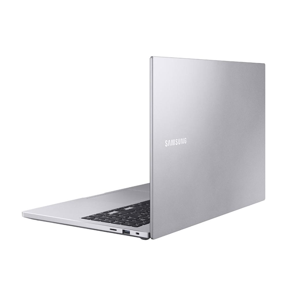 Notebook Samsung Book E20 Np550 Celeron 5205u Memoria 4gb Ssd 480gb Tela 15.6' Hd Windows 10 Home Prata