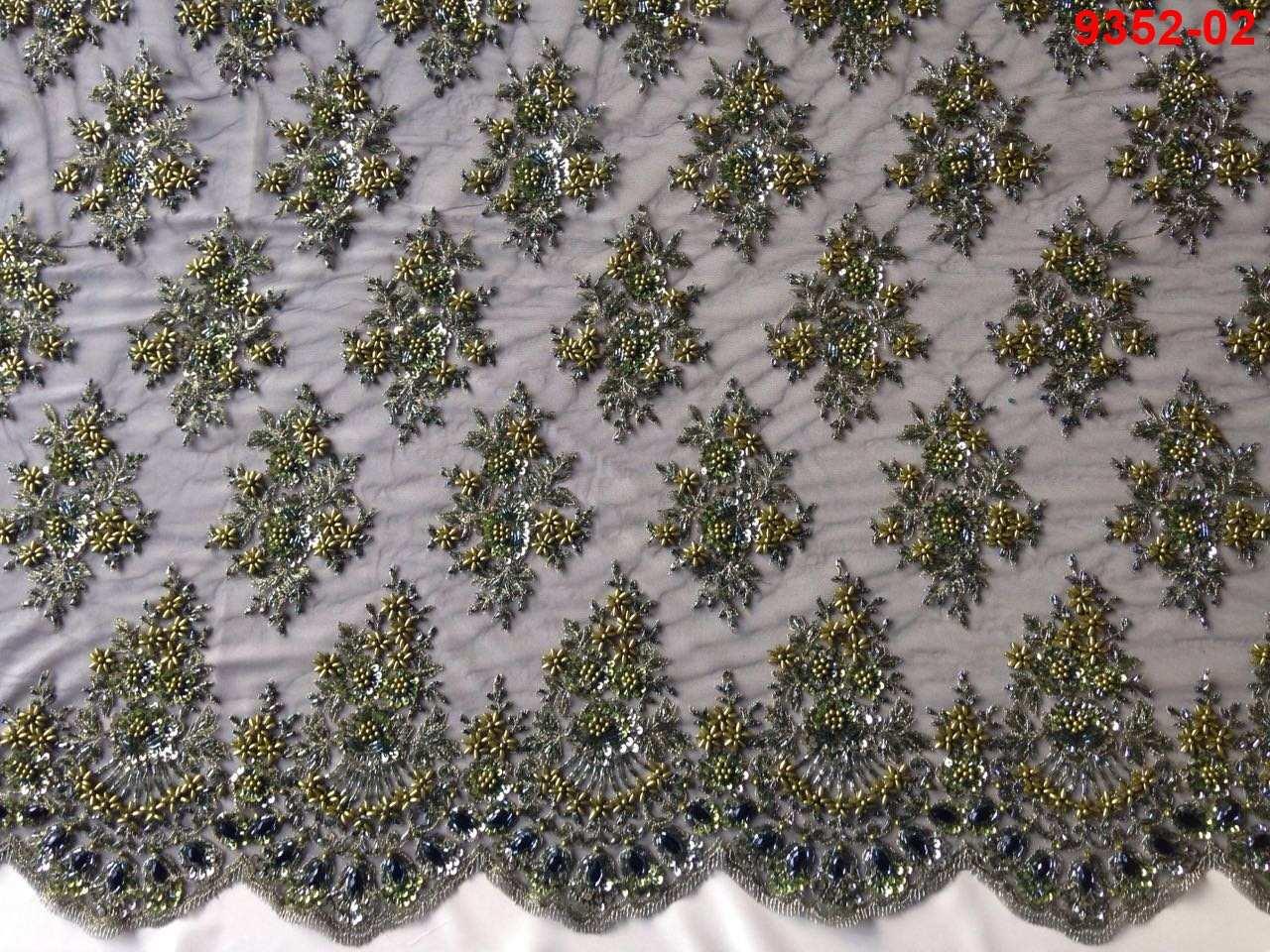 Tecido Renda Bordada em Pedraria Verde Folha/ Preto