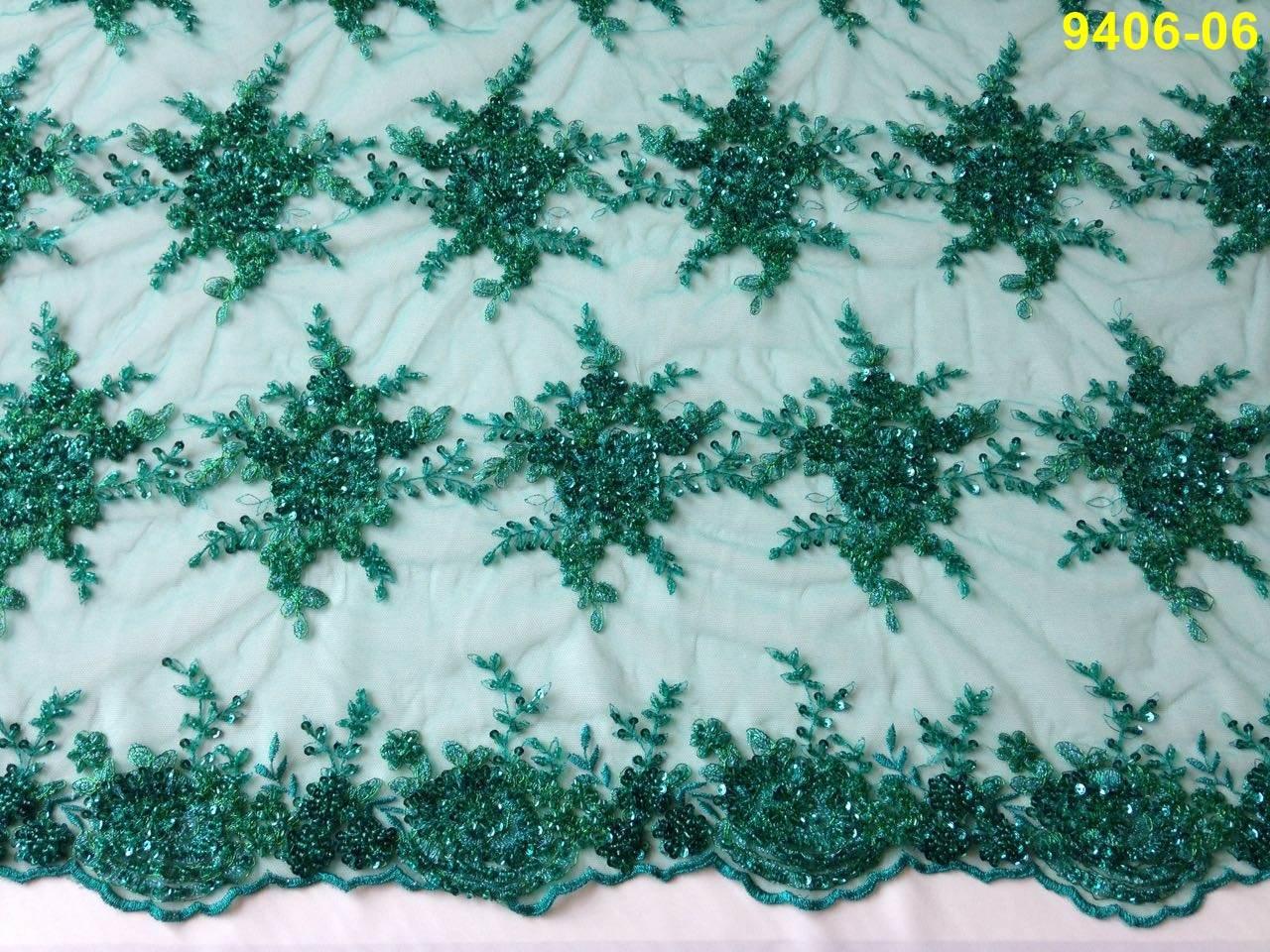 Tecido Renda Floral Bordada em Pedraria Verde