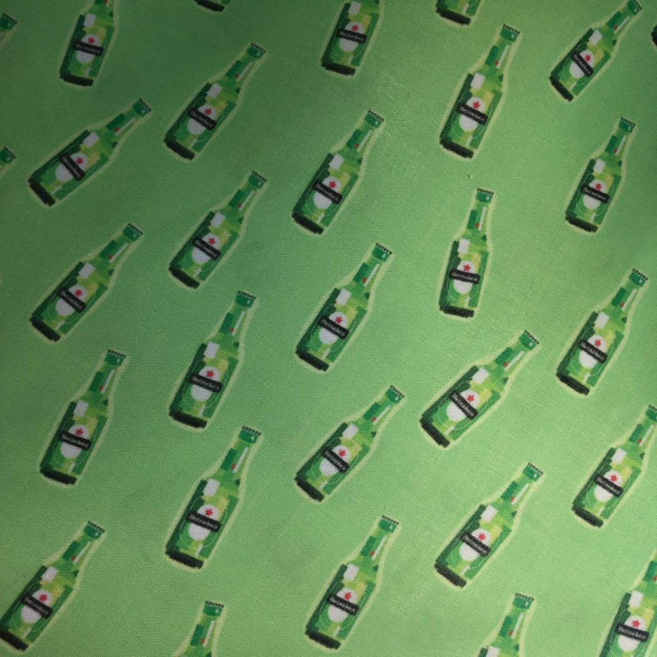 Tecido Tricoline Mista Estampada 65%Poliéster 35%Algodão Heineken