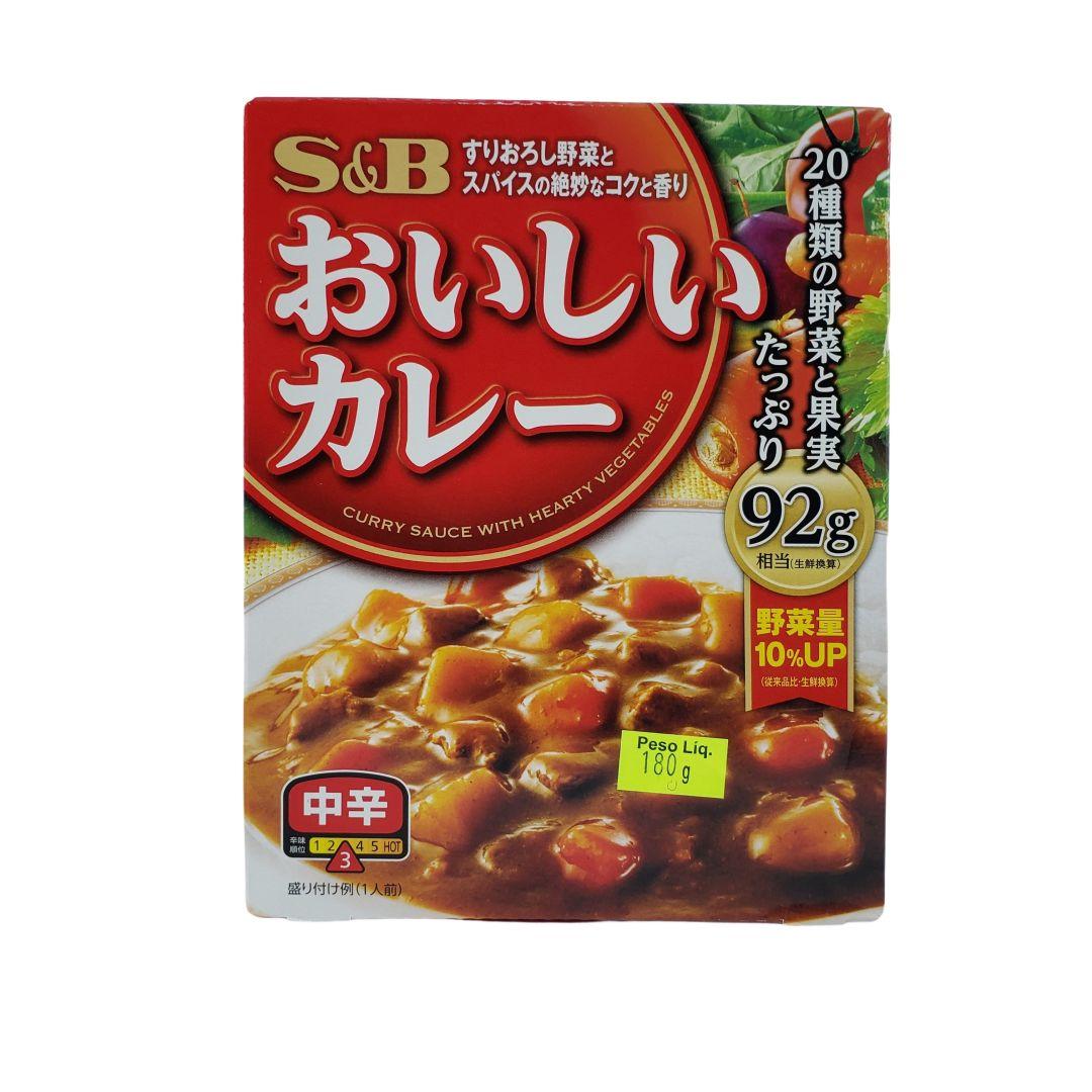 Karê Japonês Pronto Instantâneo Nattoku Oishii Curry Chukara S&B 180g