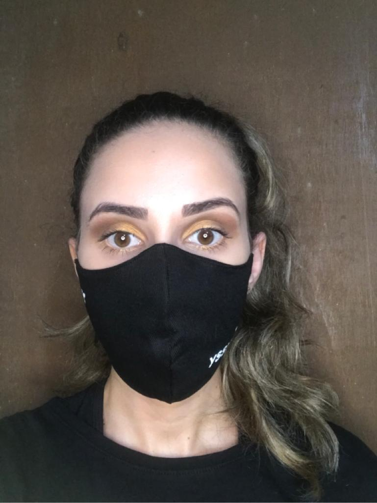 Máscara em tecido Brim Algodão - R$3,90 unidade pedido mínimo de 100 unidades.