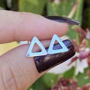 Brinco de Prata 925 Triângulo Vazado 0,8cm