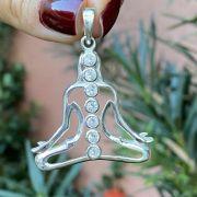 Pingente de Prata 925 Chakras Buda Posição de Meditação