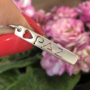 Pingente de Prata 925 Placa Paz com Coração 3,3cm