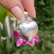 Pingente de Prata 925 Relicário Coração Trabalhado