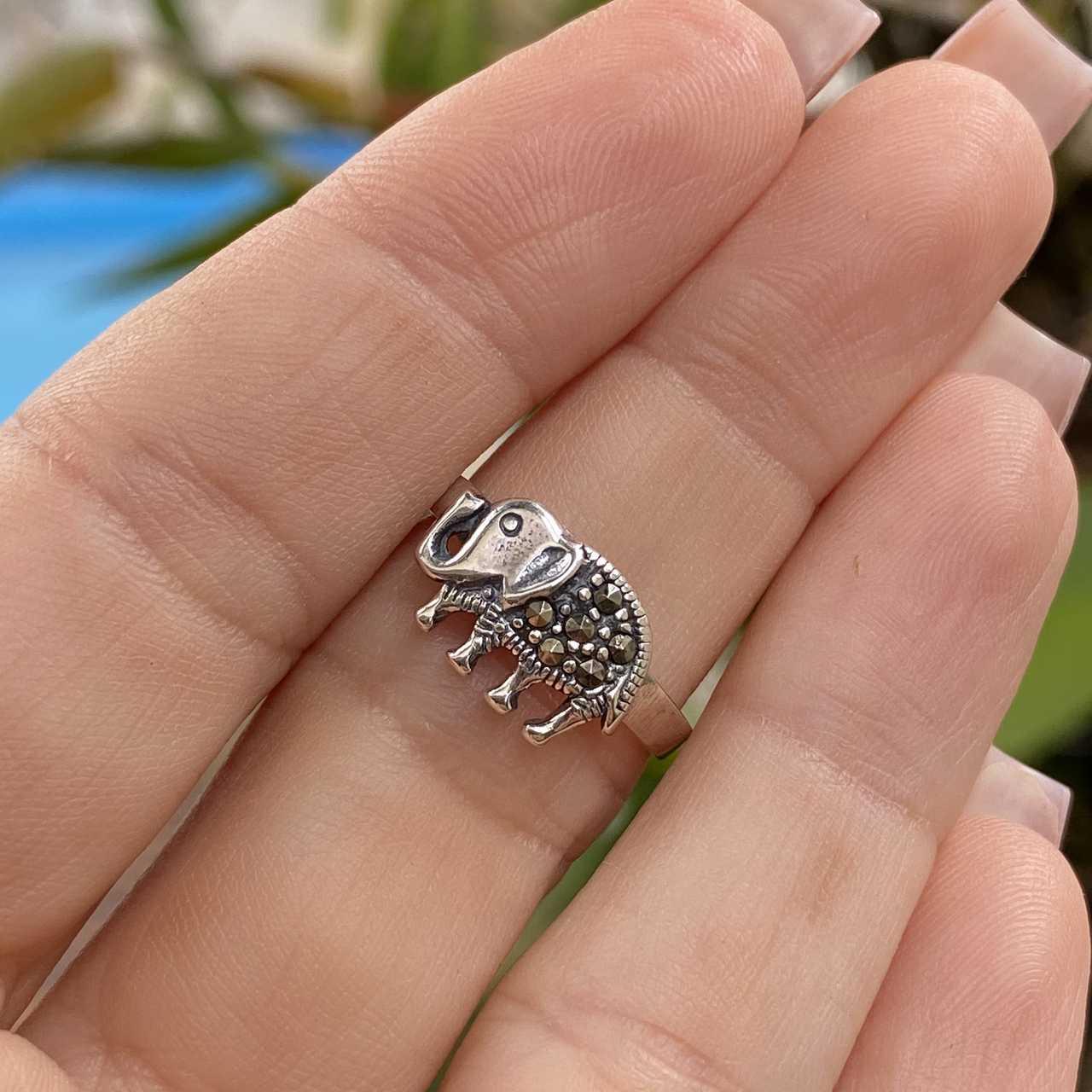 Anel de Prata 925 Elefante com Marcassita