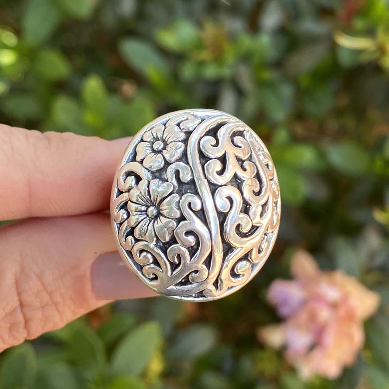 Anel de Prata 925 Redondo Eletroformação Flor Trabalhado