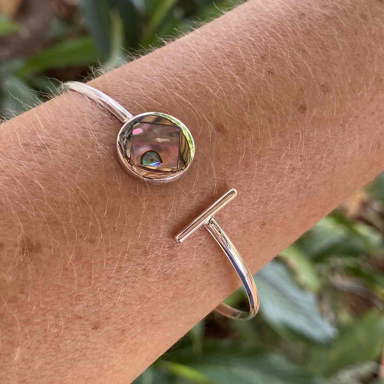 Bracelete de Prata 925 Aberto Detalhes em Abalone