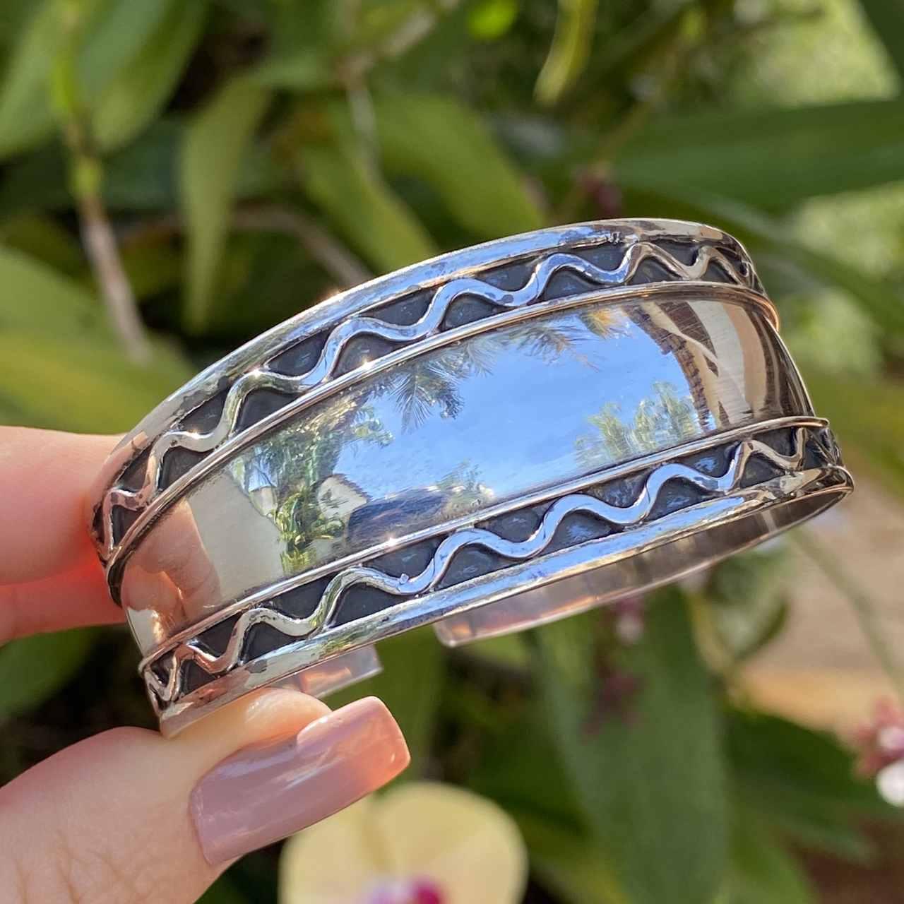 Bracelete de Prata 925 Indiano Largo Borda Trabalhado Ondas