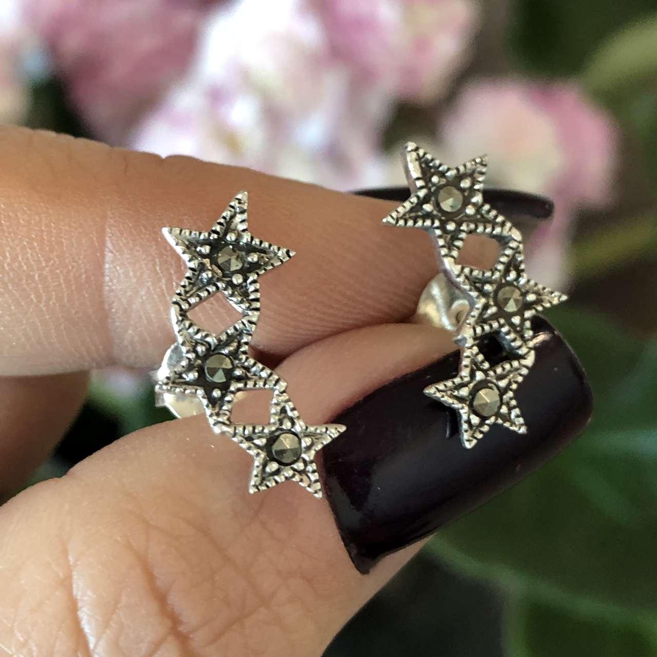 Brinco de Prata 925 3 estrelas