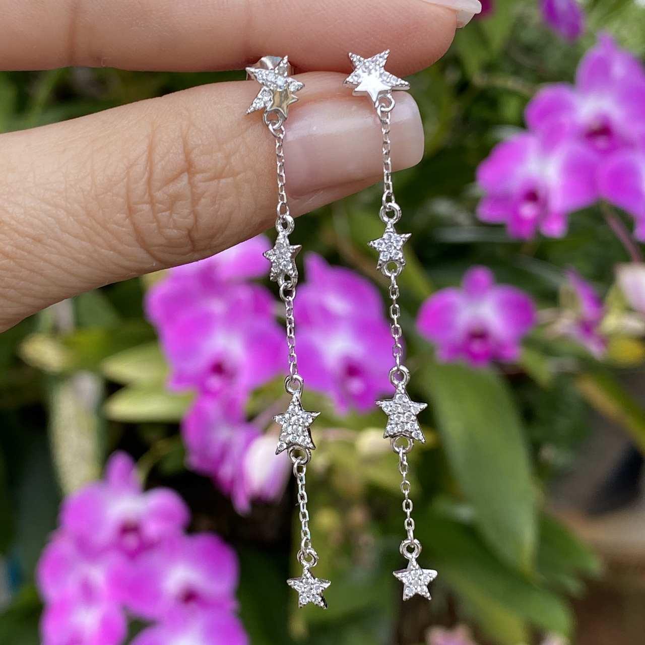 Brinco de Prata 925 Chuva de Estrelas Cravejado