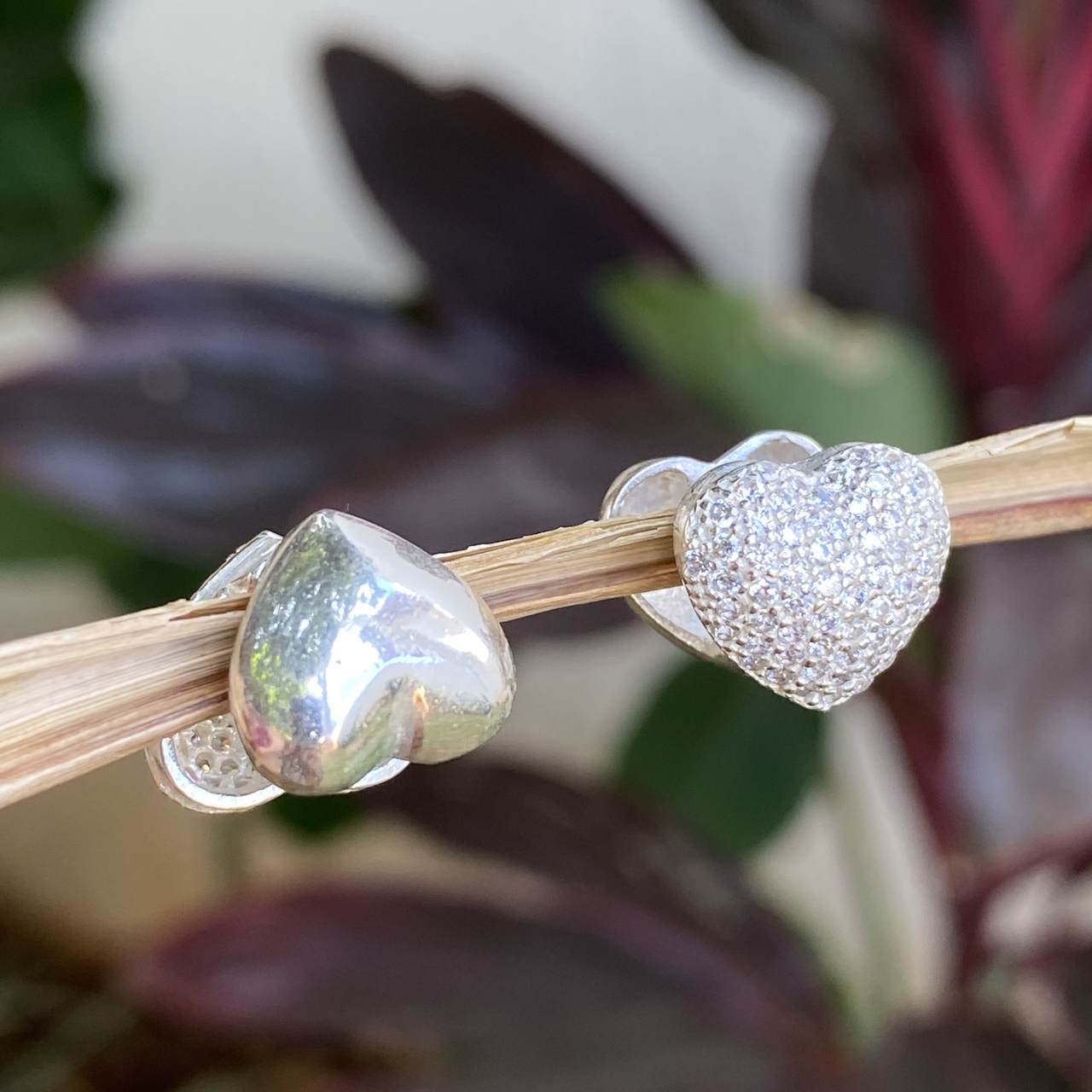 Brinco de Prata 925 Coração Cravejado Microzircônias Cristal