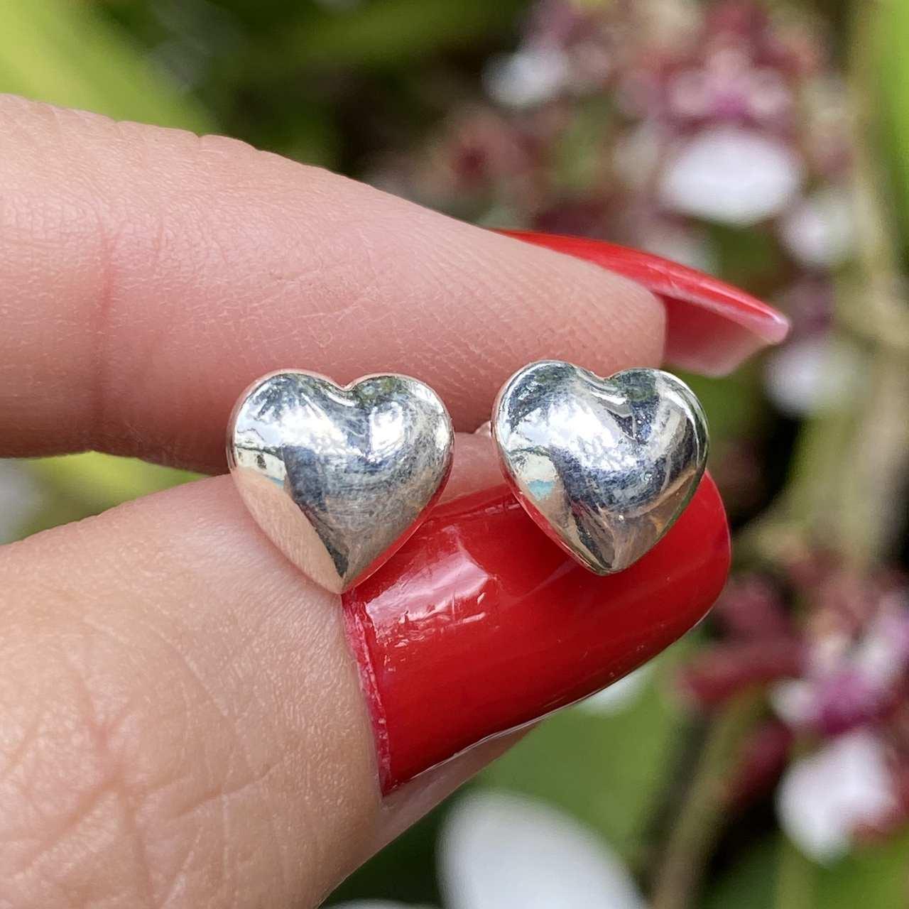 Brinco de Prata 925 Coração Gordinho 1cm
