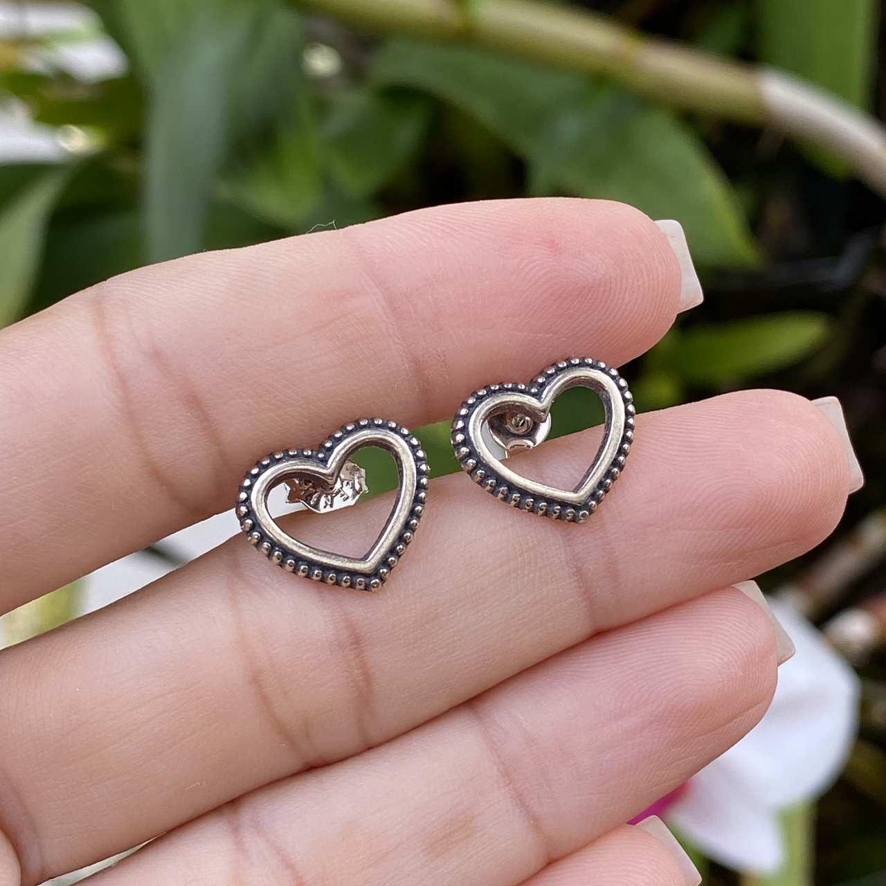 Brinco de Prata 925 Coração Vazado Envelhecido 1,5cm