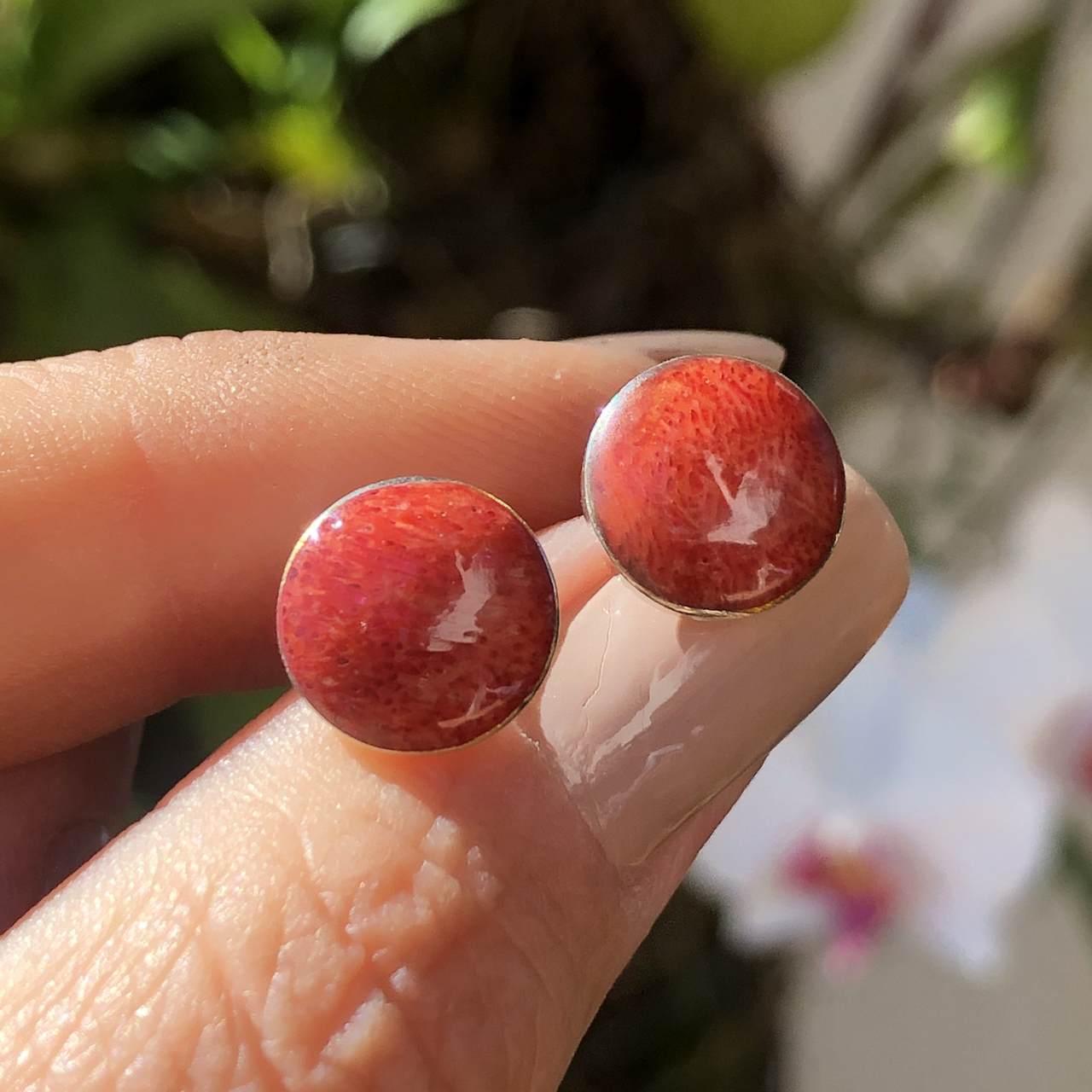 Brinco de Prata 925 Coral Redondo Botão