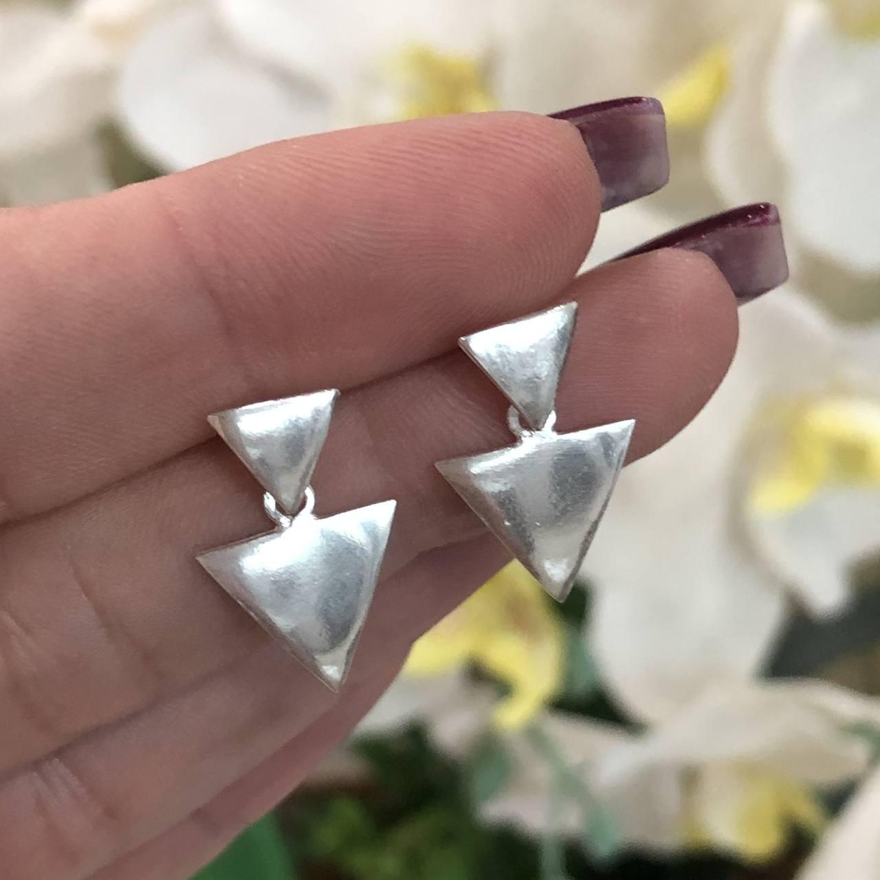 Brinco de Prata 925 Dois Triângulos