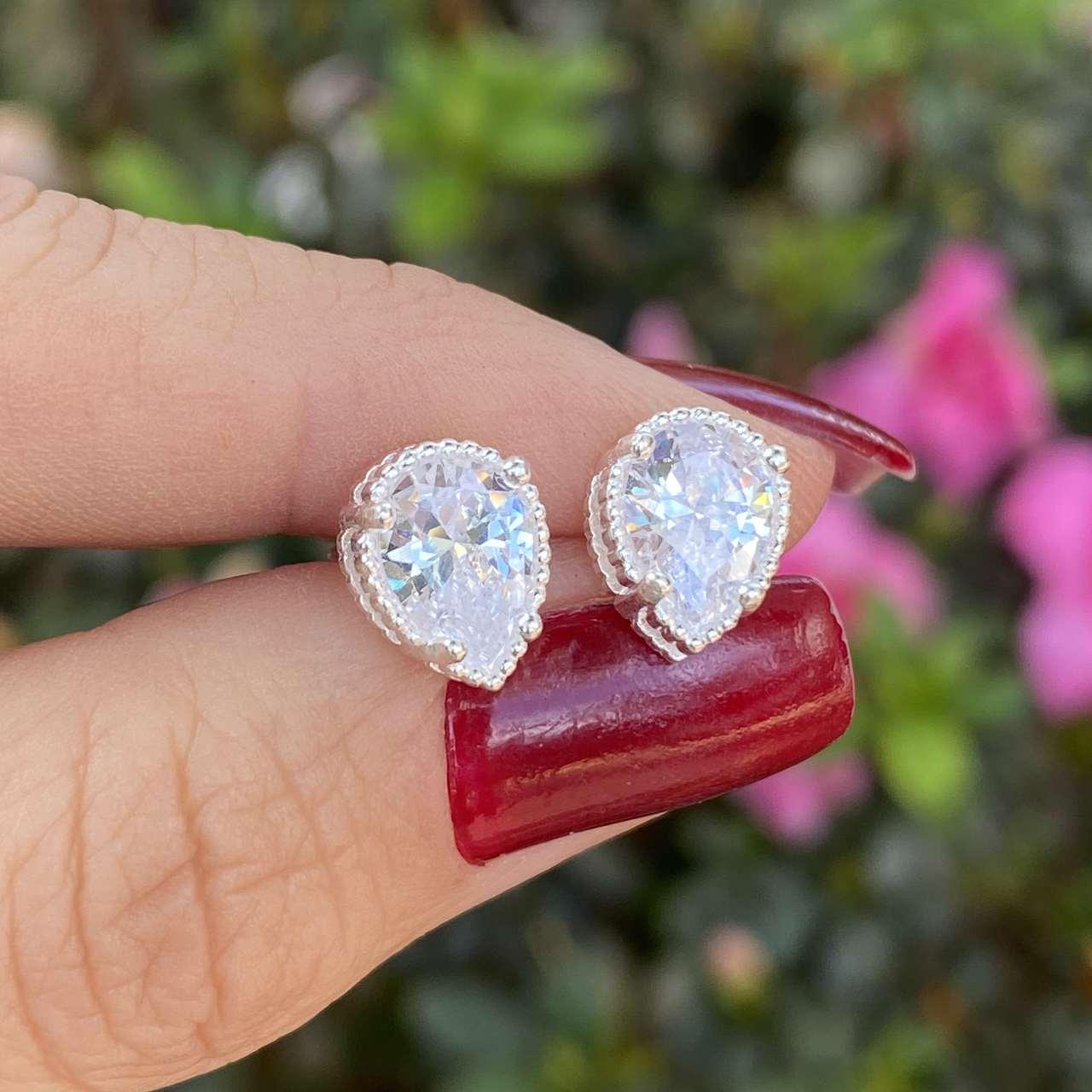 Brinco de Prata 925 Zirconia Cristal Gota 1cm