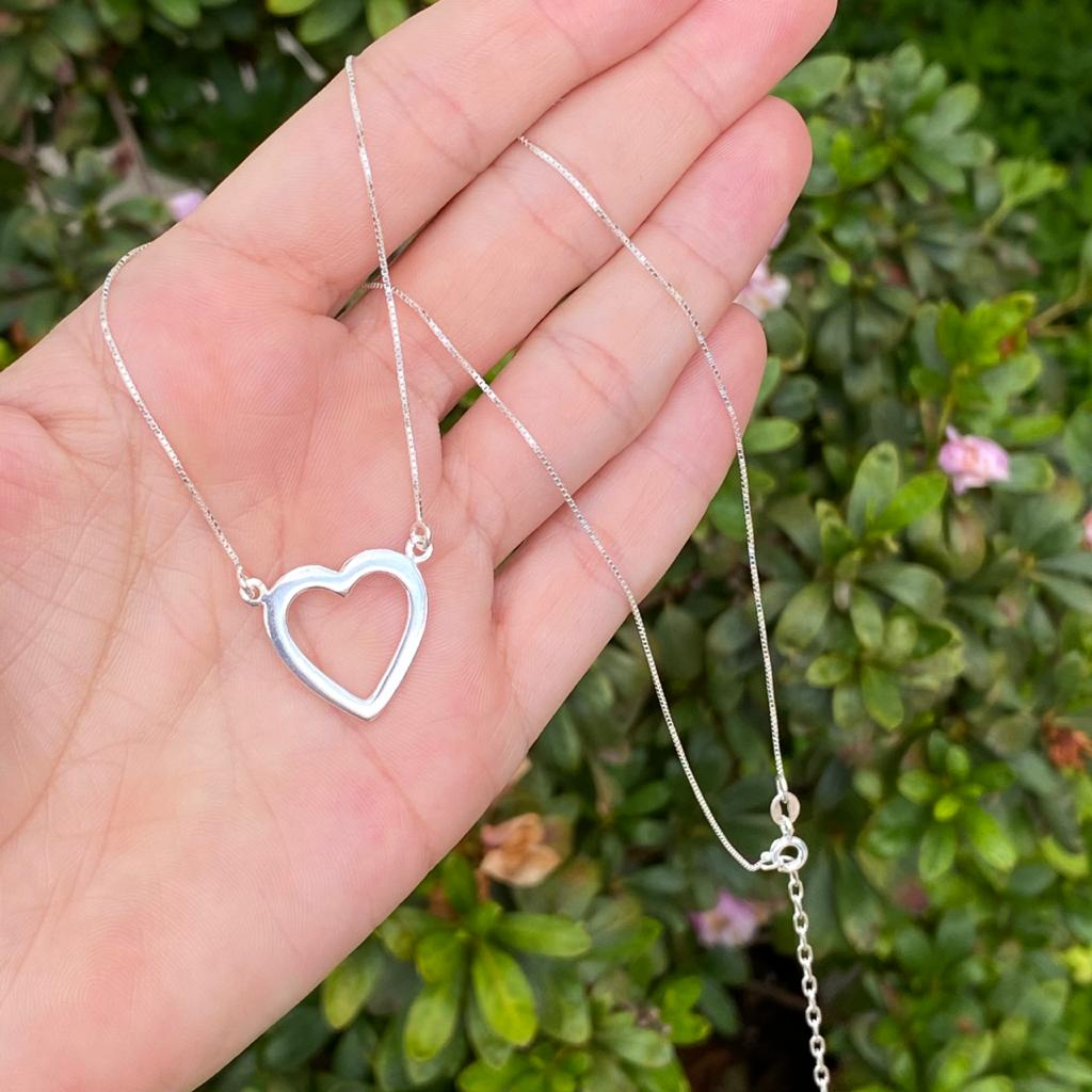 Colar de Prata 925 Coração Vazado 1,8cm