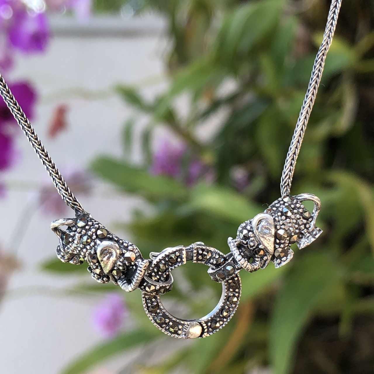 Colar de Prata 925 Envelhecida e Elefantes com Marcassita