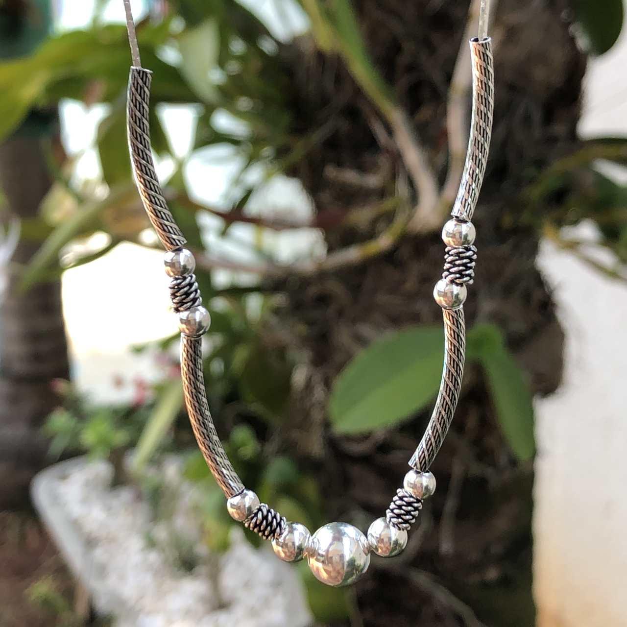 Colar de Prata 925 Indiano Bolinha e Tubos Envelhecidos