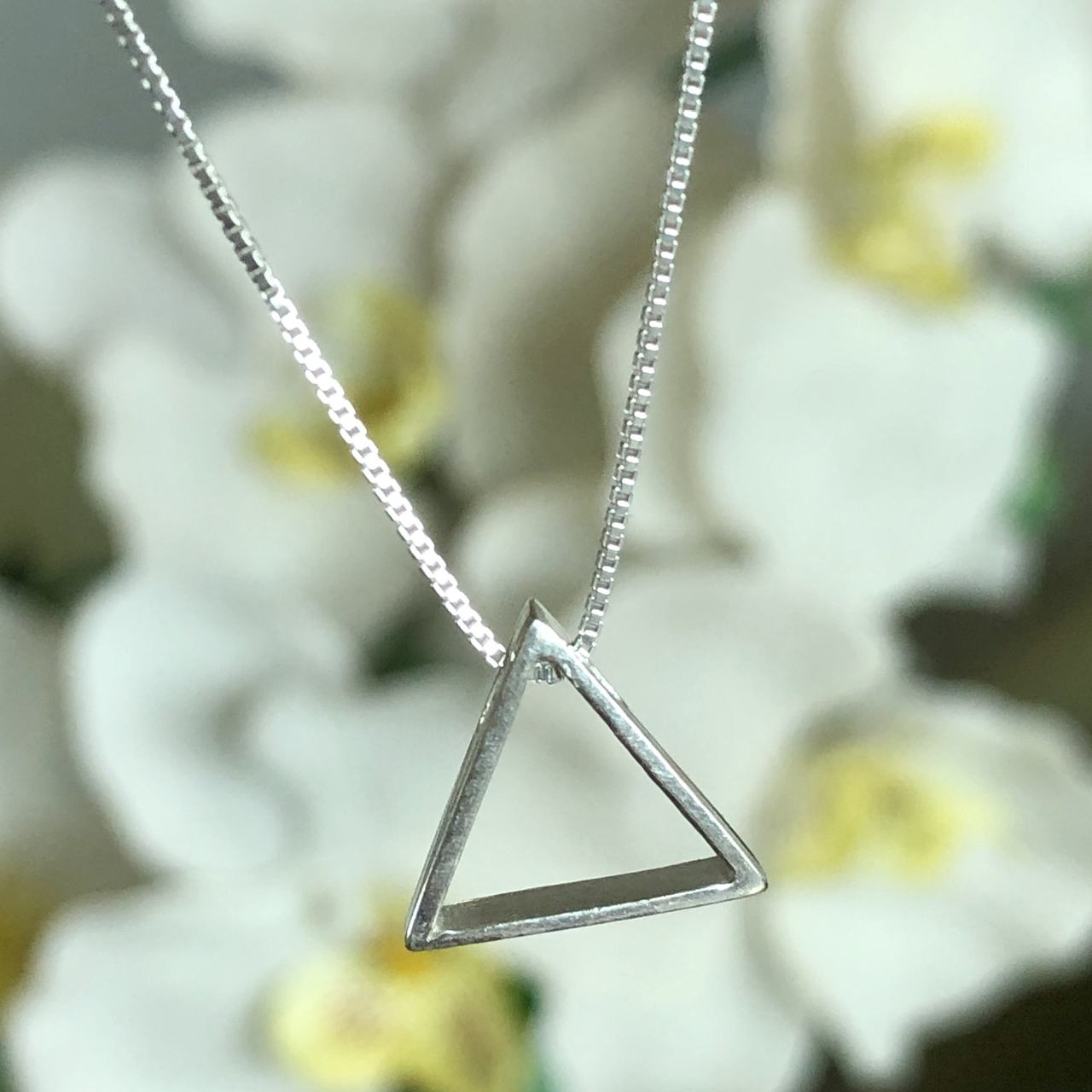 Colar de Prata 925 Pingente Triangulo Vazado