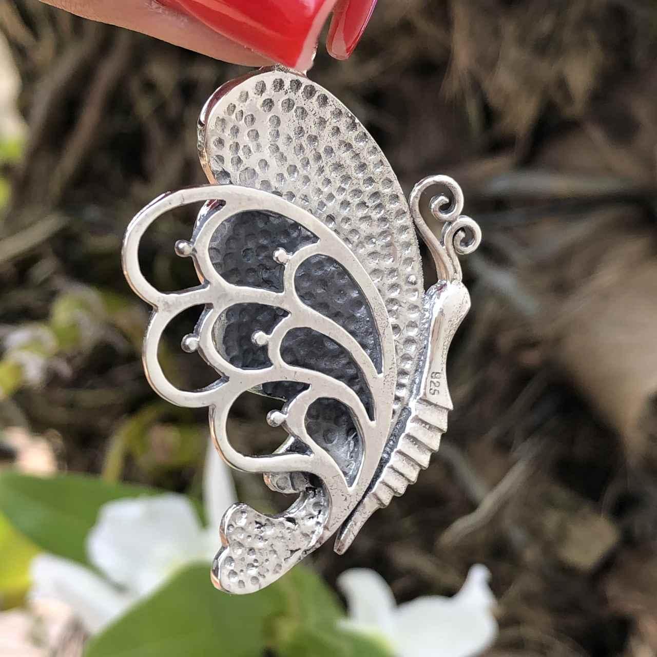 Pingente de Prata 925 Borboleta de Madrepérola e Prata