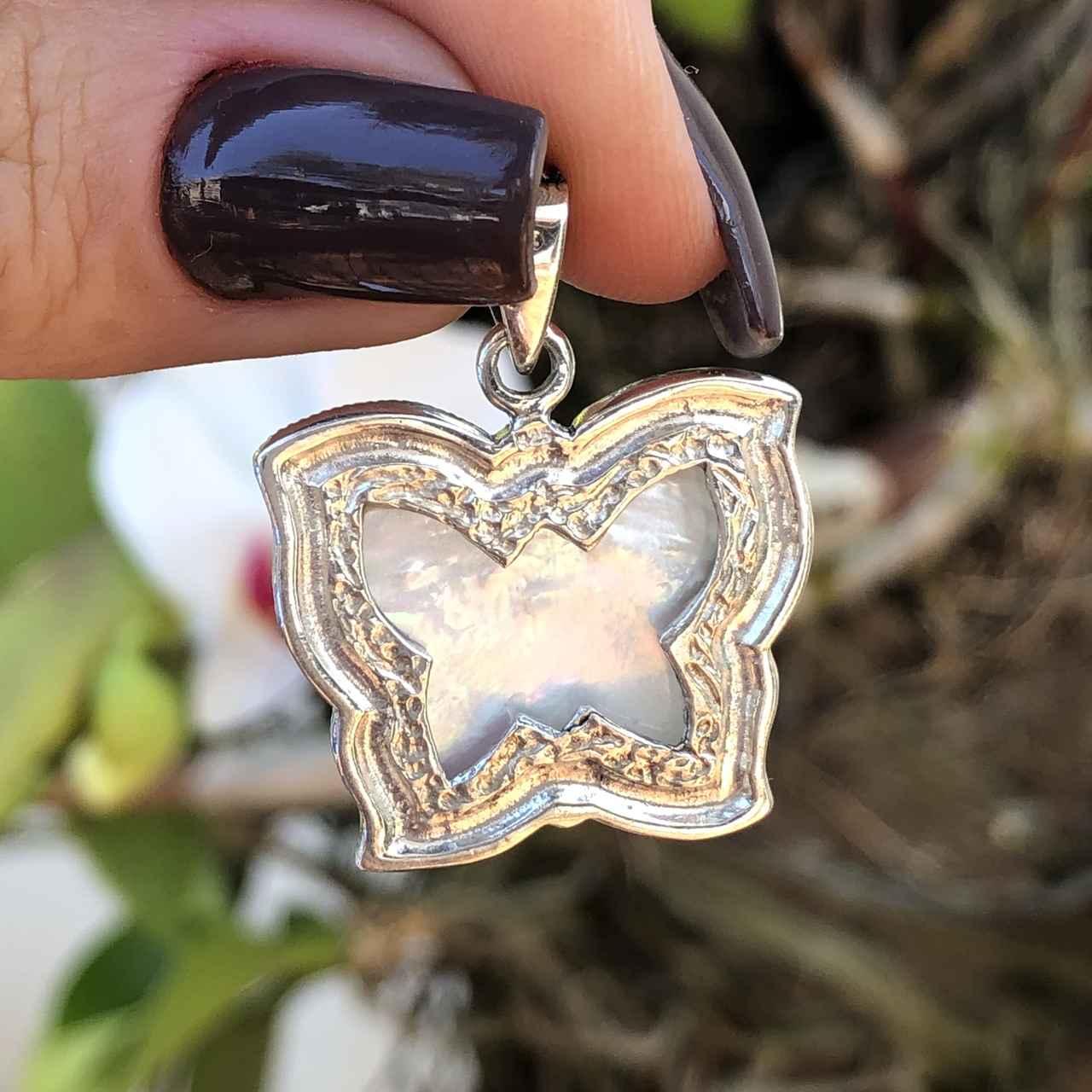 Pingente de Prata 925 Borboleta Madrepérola e Marcassita