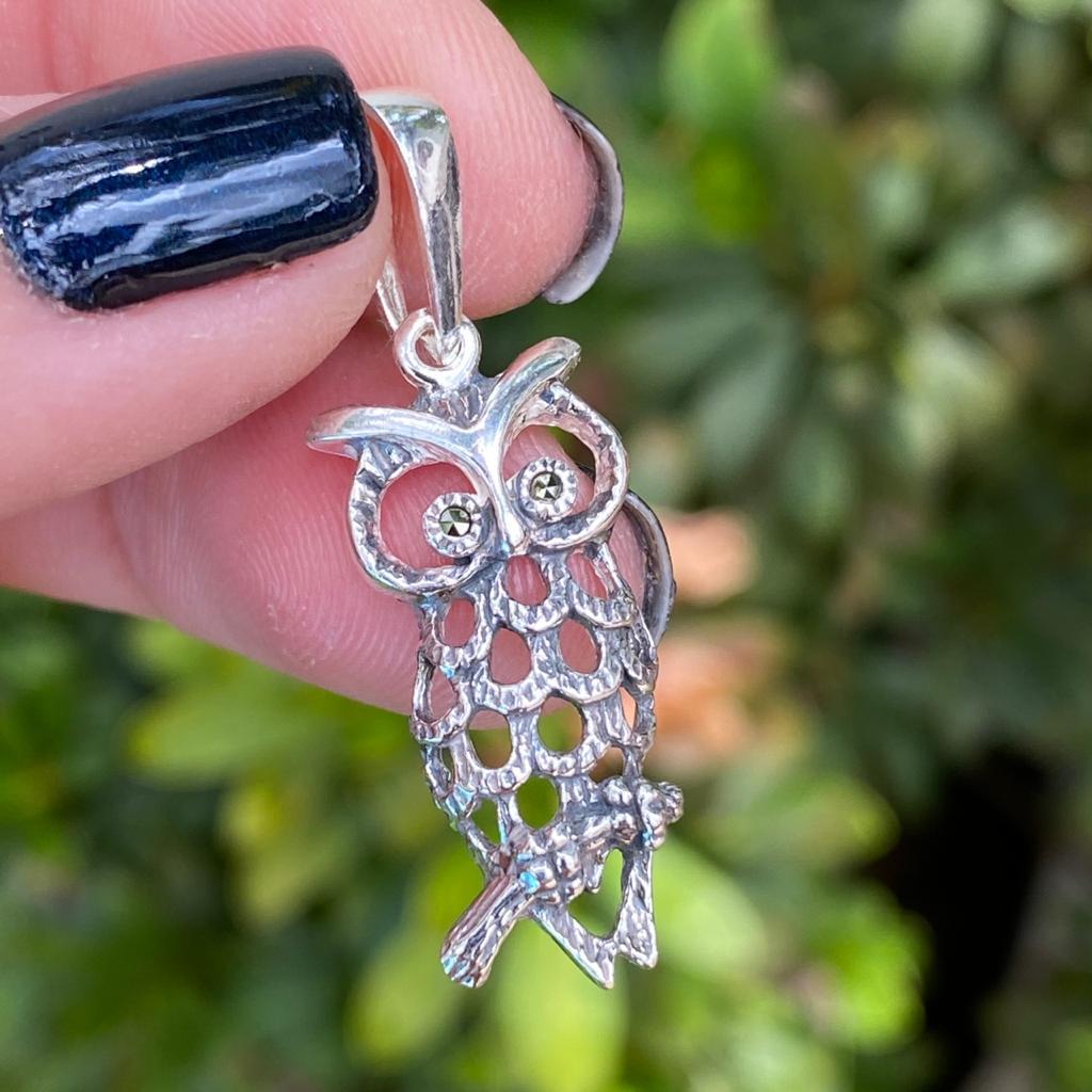Pingente de Prata 925 Coruja Envelhecida e Marcassita 3,5cm