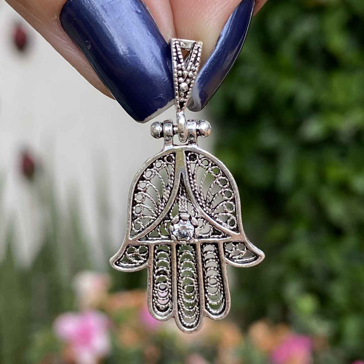 Pingente de Prata 925 Mão de Fátima Vazado Zircônia Cristal