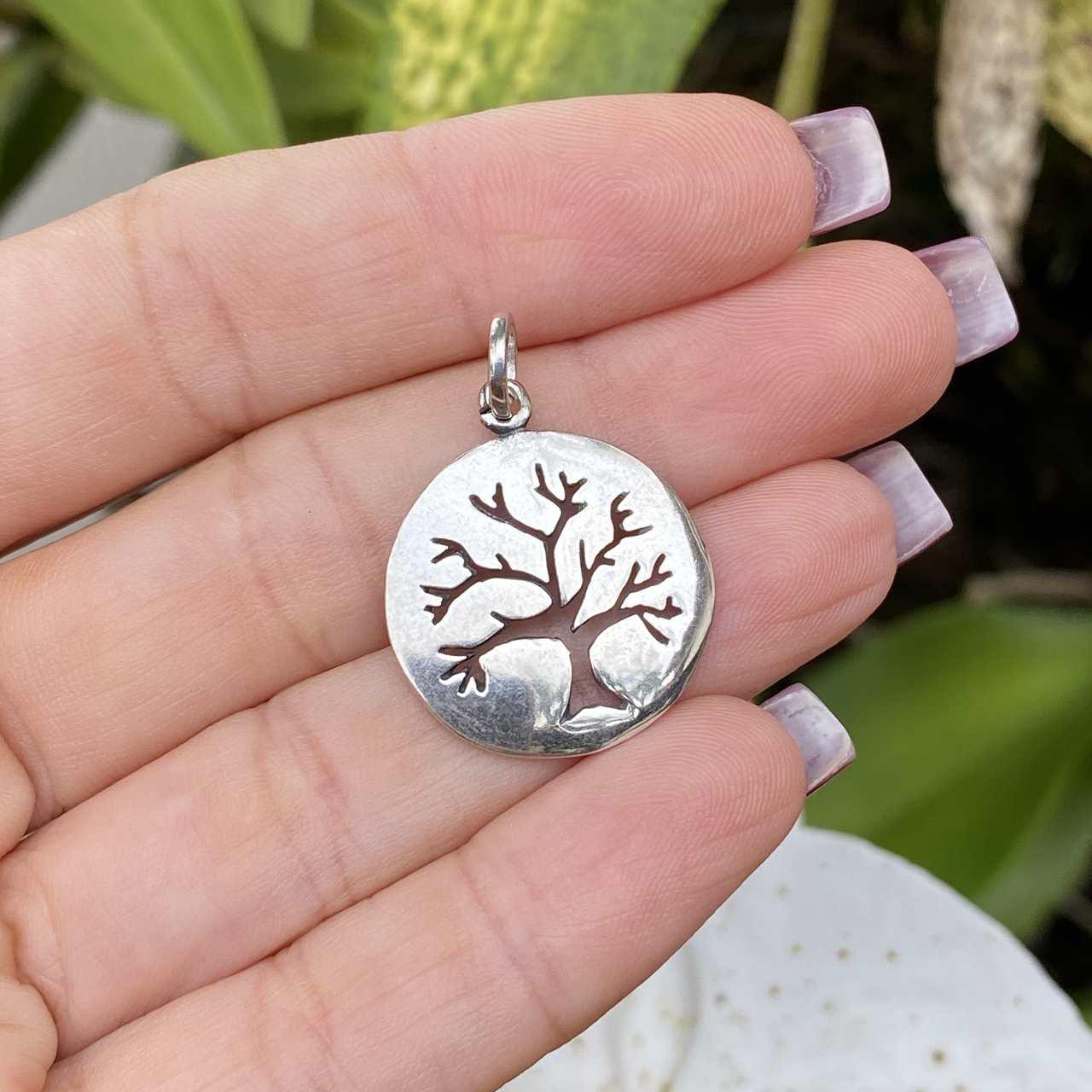Pingente de Prata 925 Redondo Árvore da Vida Vazado