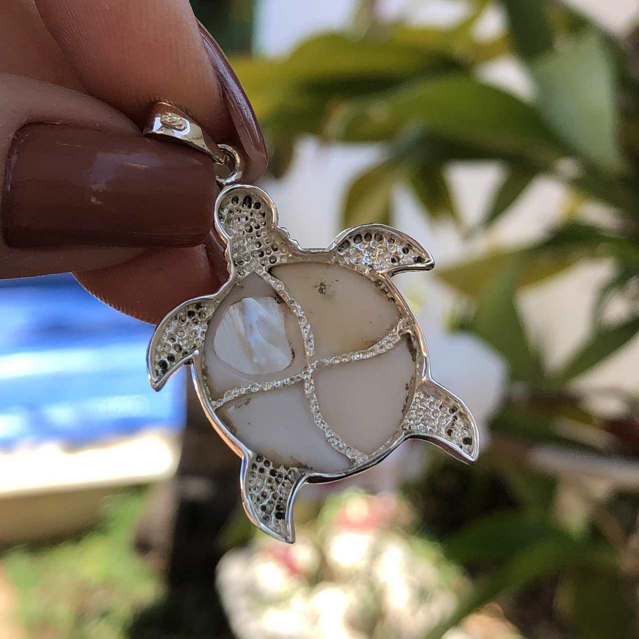 Pingente de Prata 925 Tartaruga com Madrepérola 4cm