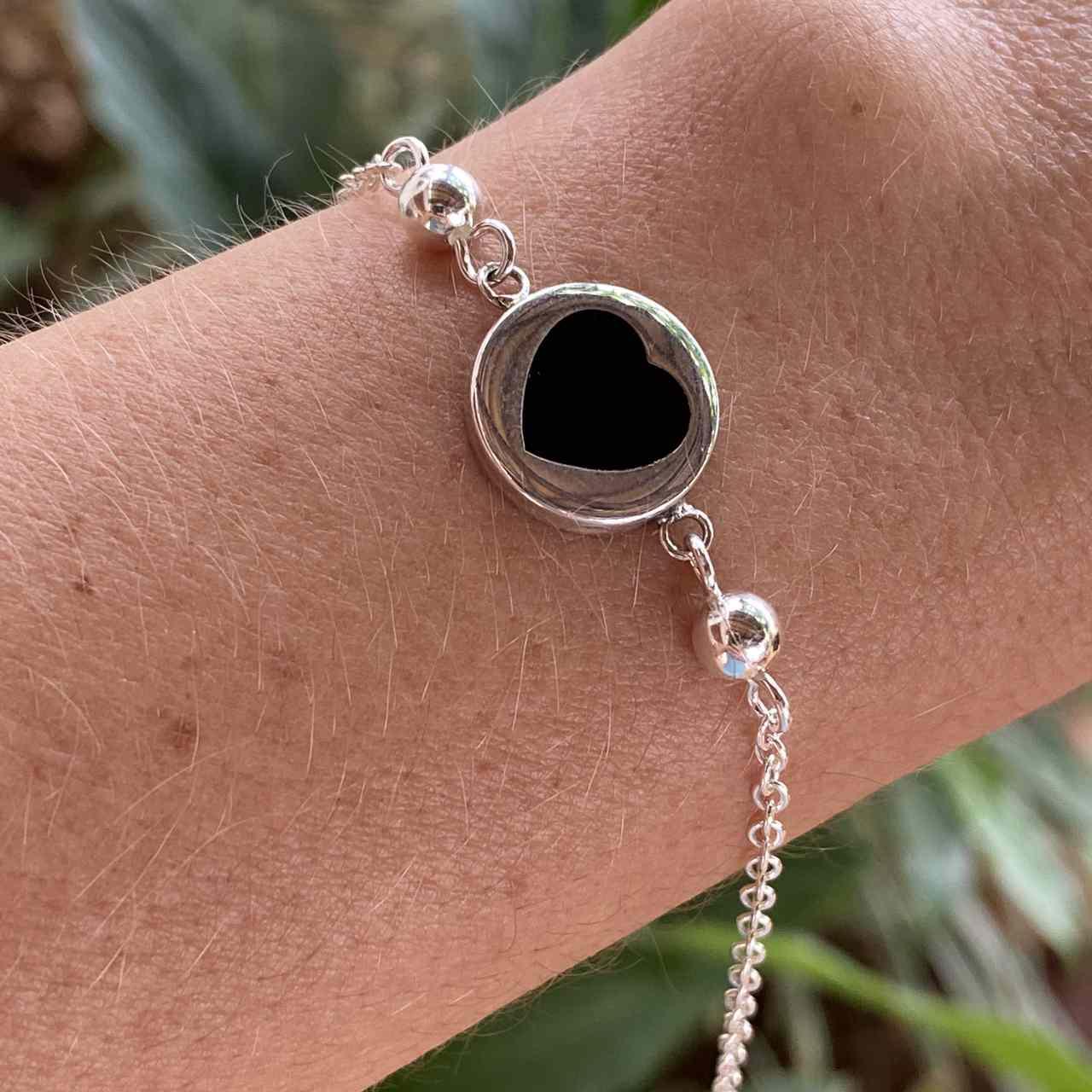 Pulseira de Prata 925 Bolinha Detalhes Coração Ônix 20cm